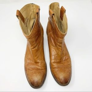 Frye Pull On Brown Boots 4001 D 10B